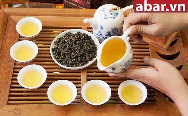 trà pha trà sữa