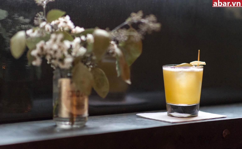Article2-Penicillin-Cocktail-Scotch-Ginger-Drink-Recipe